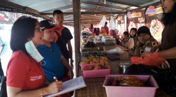 Pemkot Kotamobagu bersama BPOM Sulut saat turun Inspeksi dadakan di sejumlah titik pasar ramadhan