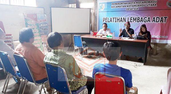 Pelatihan Lembaga Adat Desa Sia