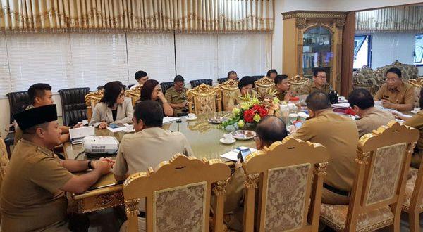 Sekda Bolsel Marzansius Arvan Ohy saat mengikuti Forum Sekda di Kantor Gubernur Sulut